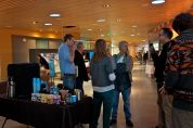 At breaks participants enjoy coffee, talk and network.